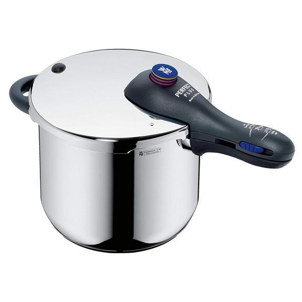 La olla de presión WMF perfect plus es ideal para cocinar todos los días y hacer unos platos ricos y que gustan a toda la familia. Además es super bonita.