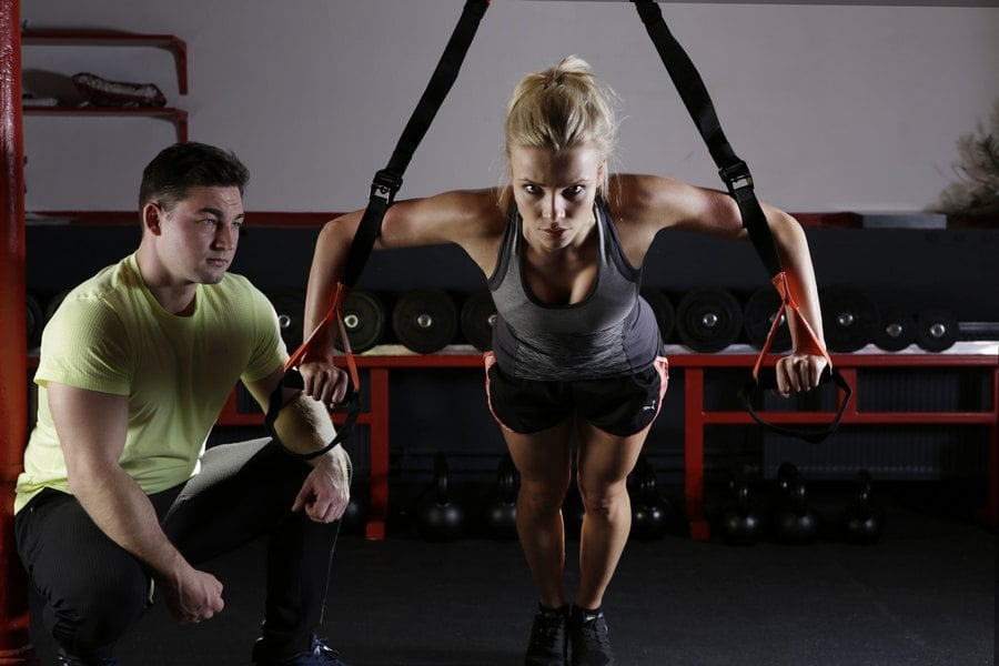 TRX ENTRENAMIENTOENSUSPENSION min - Cómo entrenar en casa con lo que tenemos disponible.